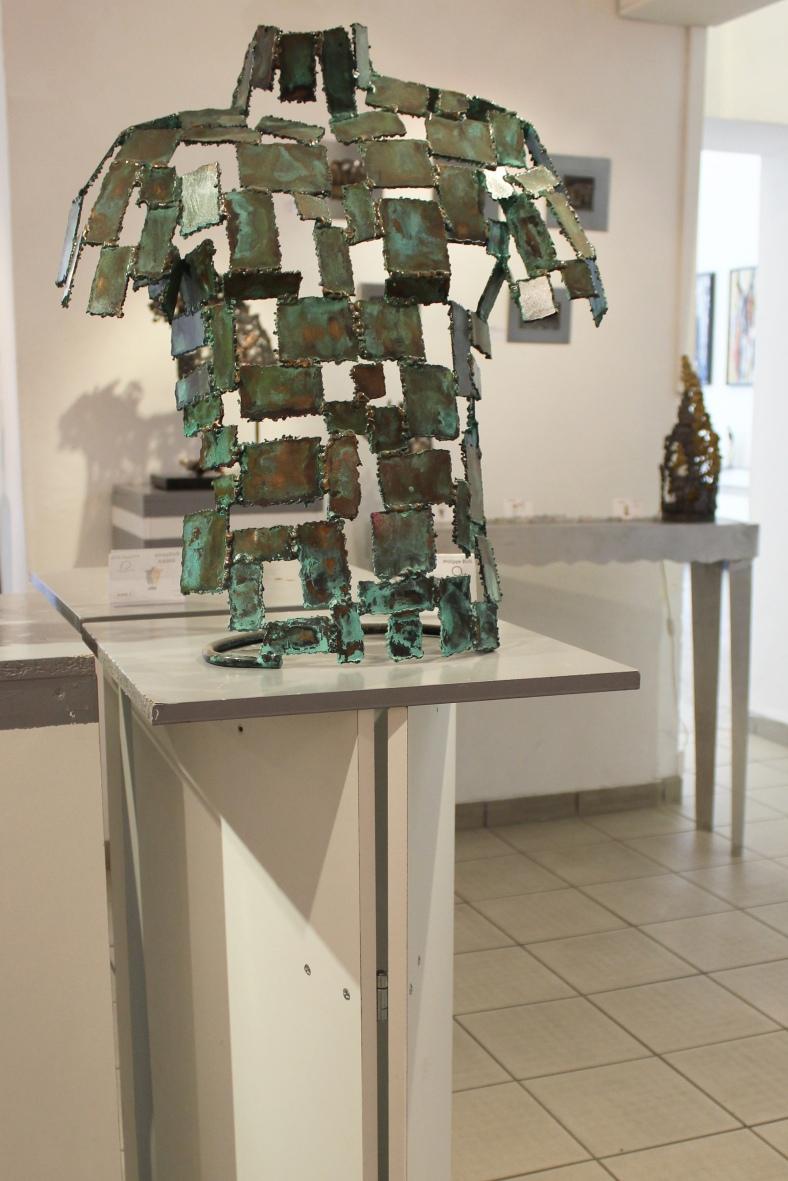Kouros - Sculpture Philippe Buil - Buste homme Metal Dentelle Br