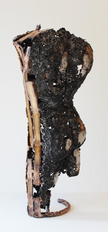 philippe buil sculpteur cabinet de curiosité Loup y es tu ? 2