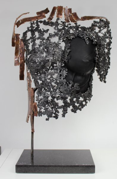 24 buste belisama bronze acier cuir noir Herveline 1