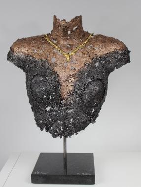 34-buste-femme-collier-or-1