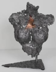 2-pavarti-leona-sculpture-philippe-buil-bronze-acier