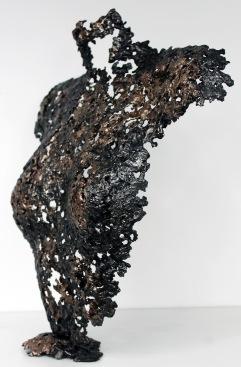 Sculpture de Philippe Buil en metal : dentelle d'acier et de bronze Buste de Femme Belisama Panthene Piece unique