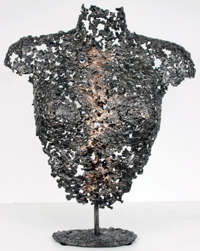 Sculpture de Philippe Buil en metal : dentelle d'acier et de bronze Buste de Femme Belisama Olga Piece unique