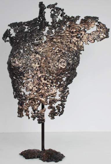 Sculpture de Philippe Buil en metal : dentelle de bronze et d'acier Corps de Femme Belisama Ideale Piece unique