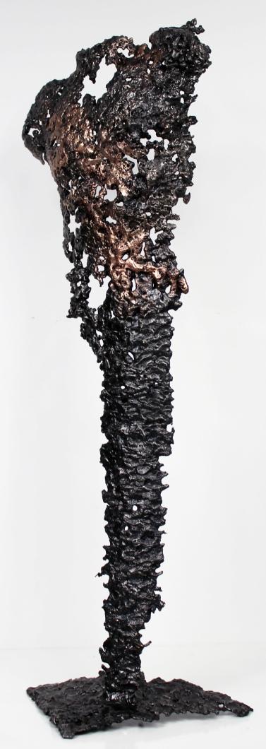 Sculpture représentant une silhouette d'homme en métal : dentelle de bronze et d'acier Pavarti Affleurement Pièce unique