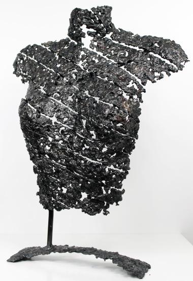 Sculpture de Philippe Buil en metal : dentelle d'acier Buste de Femme Belisama La femme ruban Piece unique