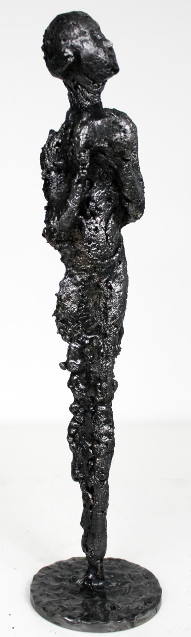 Sculpture de Philippe Buil en metal acier représentant la muse de Massenet Piece unique Muse Ombre