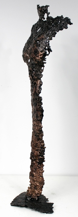 Sculpture représentant une silouhette de femme en métal : dentelle de bronze, d'acier Pavarti Manifestation Pièce unique