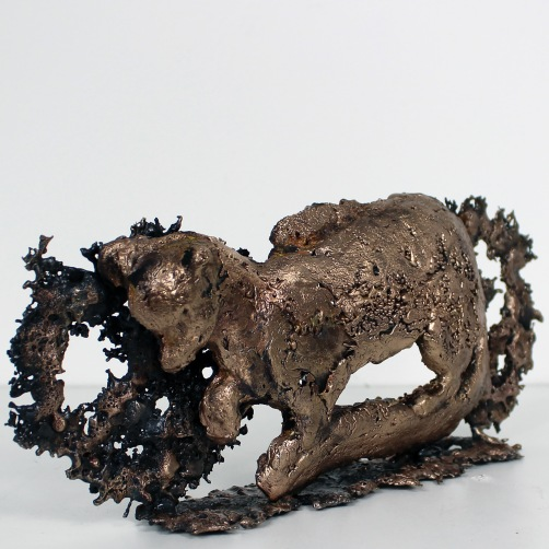 Sculpture de Philippe Buil en metal Bronze et Acier représentant la Martre de France, emblême des fourreurs Piece unique