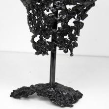 61 - Pavarti une goutte - Sculpture Philippe Buil - Buste femme en dentelle d'acier zoom 2