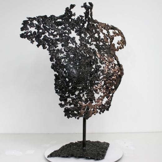 Sculpture de Philippe Buil en metal : dentelle de bronze et d'acier Buste de Femme Belisama Opiace Piece unique