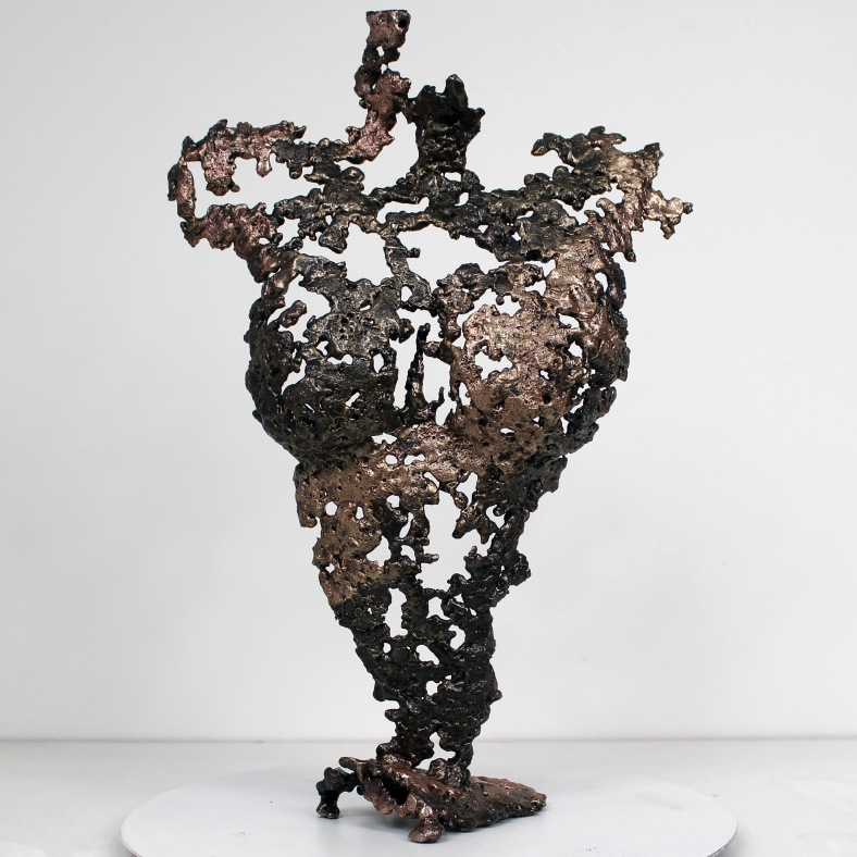 Pavarti Hotesse - Sculpture Philippe Buil - Corps de femme metal