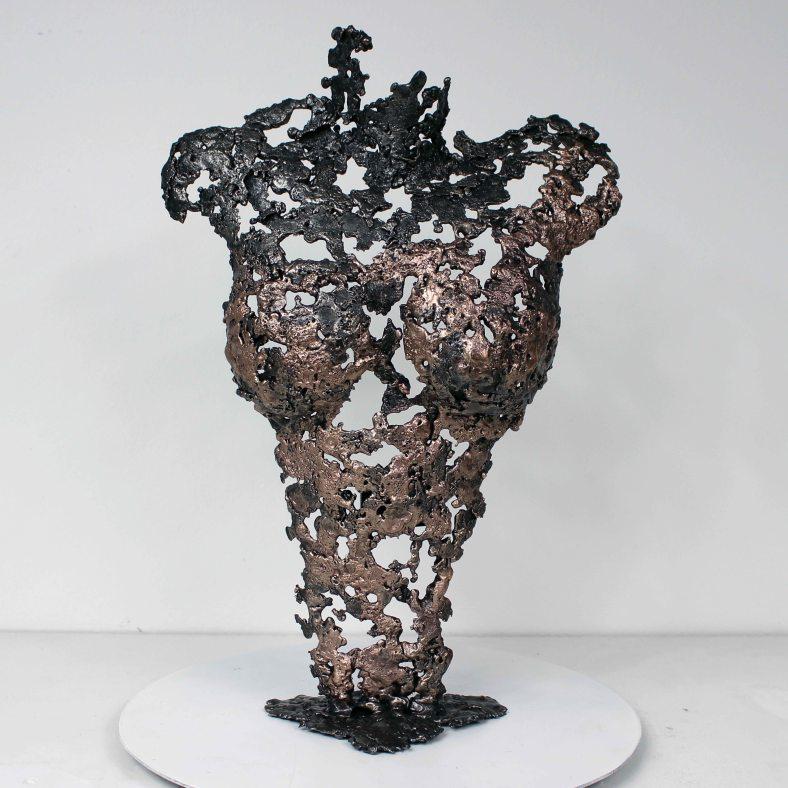 Pavarti Bouddha - Sculpture Philippe Buil - Corps de femme metal