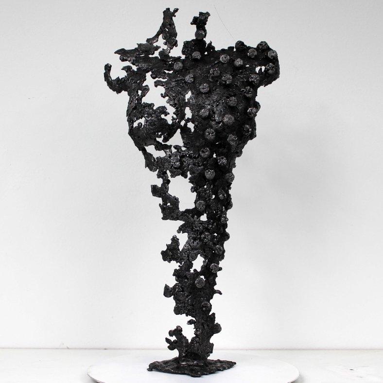 Pavarti Pixel rond - Sculpture Philippe Buil - Corps de femme me